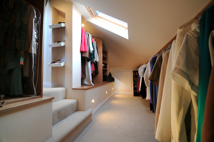 Bespoke dressing area in loft conversion, Berkshire