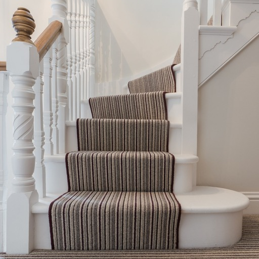 Bullnose steps on traditional staircase installation