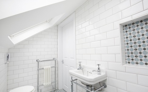 En-suite in dormer loft conversion, Burnham