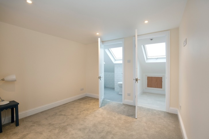 Dormer loft conversion with en-suite, Berkshire